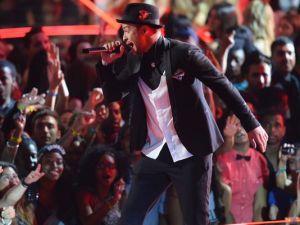 JT VMA Performance